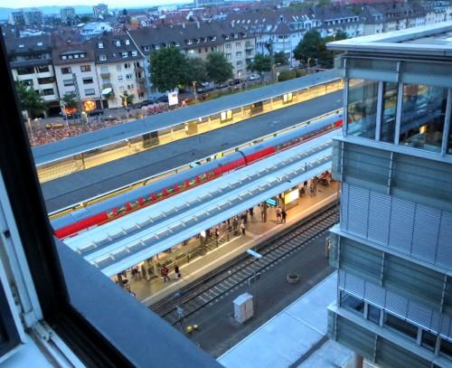 Hotel, trenes, casas de Friburgo