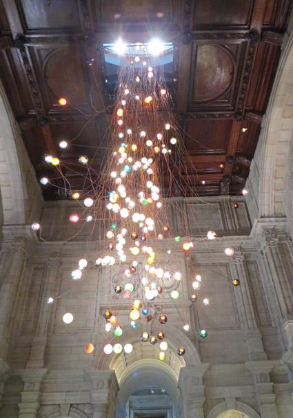 Lámpara a la entrada del V&A