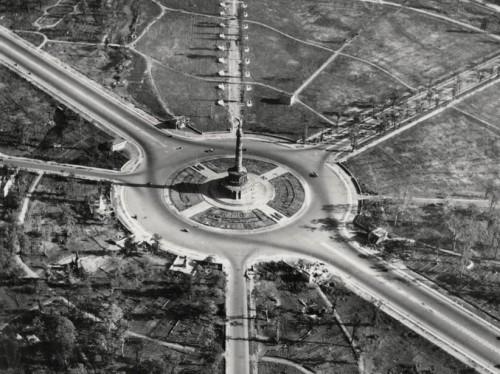 Siegessaule años después de haber acabado la II Guerra Mundial